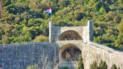 Von Dubrovnik zu Stadtmauer von Ston privattour