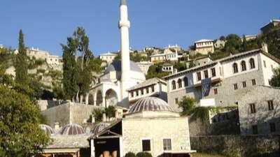 tipica cultura e architettura ottomana - visita pocitelj